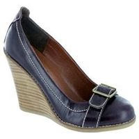 Moda In Pelle Female Gold Purple Porvair Manmade Upper Manmade Lining Manmade Lining in Purple A versatile wooden wedge with buckle detail that can be worn with skirts or trousers. http://www.comparestoreprices.co.uk//moda-in-pelle-female-gold-purple-porv...