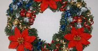 Holiday Edible Candy Decorations | Candy Christmas Wreath - tutorial