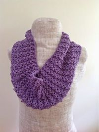 Undeniable Glitter: Lacy Lavender Cowl