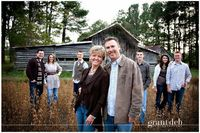 family portrait photography, family portraits and family pictures.