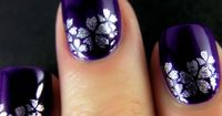 hmmm would never be able to do these flowers... but i like the silver and purple :)