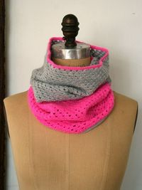 color blocked crocheted cowl