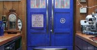 TARDIS Refrigerator. Bigger on the inside... So much room for food!!! XD