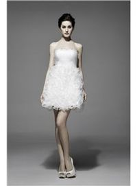 Pretty Strapless A-Line Short Homecoming Dress