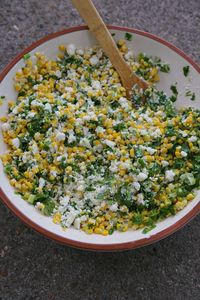 Roasted Mexican Corn Salad - This recipe is a healthier version of the elotes sold in Mexico, but still just as heavenly. With a few minor tweaks this salad comes together in no time, is perfect as a side dish or as an appetizer (with tortillas chips ...