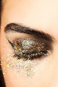 so much glitter! i'd do this all day every day if i could.