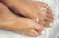 Listerine: the BEST way to get your feet ready for summer. Sounds crazy but it works! Mix 1/4c Listerine (any kind but I like the blue), 1/4c vinegar and 1/2c of warm water. Soak feet for 10 minutes and when you take them out the dead skin will pr...