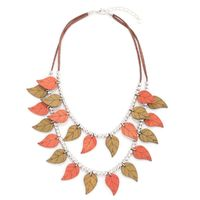 Buy this amazing beautiful leaves necklace from Yoko's fashion, the leading wholesaler of fashion jewellery in Manchester.