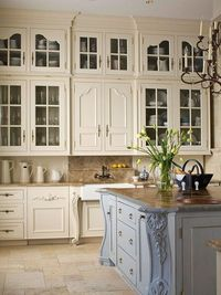 If you love style that is warm, comfortable, and beautiful all at the same time, you're likely a fan of French country designs. A French country kitchen is