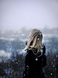 Nothing brings a calmness to me like standing under gently falling snow, surrounded in silence. When I hear the snowflakes hit the ground and objects around me- there is a soft break in that silence, followed by a kind of peace. <3