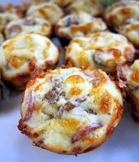Sausage & Pepperoni Pizza Puffs - Dinner Eatery