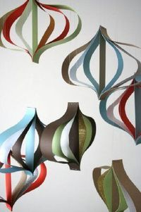 make your own modern paper christmas ornaments from design sponge