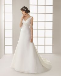 A Line V Neck Chapel Train Ivory Wedding Dress