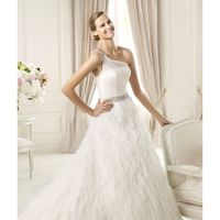 Honorable A-line One Shoulder Beading Tiers Sweep/Brush Train Tulle Wedding Dresses - Dressesular.com