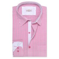 Create a stylish look with this Oxford Men Pink And White Check shirt. Woven in Egyptian cotton & polyster. this check shirt has a fine finish.