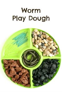 """Invite kids to play with """"worms"""" with this worm play dough activity for kids. Great for preschool spring themes, letter W, or gardening themes."""