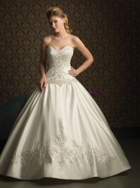 Allure Bridals Style: 8759