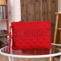 MOSCHINO LOGO QUILTED CLUTCH RED
