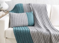 KNITTED PILLOW AND THROW-FREE KNITTING PATTERN
