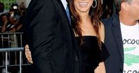 I wish they would get together and make beautiful babies :)