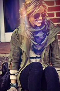Adorable fall outfit with scarf for ladies find more women fashion on http://www.misspool.com find more women fashion ideas on www.misspool.com