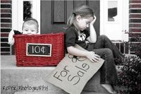 Best sibling photo ever! Great idea!