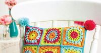 FREE CROCHET PATTERN: Granny square cushion