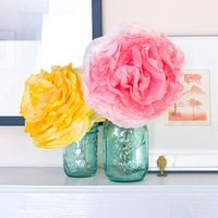 If you're looking for pretty party decor or a simple way to add a pop of flowers to your space (that won't wilt), make your own peony-style paper flowers with