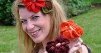 Ravelry: 3-in-1 Super Easy Flowers Headband pattern by Anne Rousseau. �˜€CQ #crochet #crochetflowers  http://www.pinterest.com/CoronaQueen/crochet-leaves-and-flowers-corona/