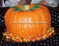 Pumpkin Cake: Since my son's birthday falls two days after Halloween we decided to combine his 2nd birthday party with our plans to have friends over to go trick or