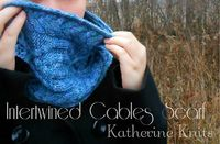 Intertwined Cables Scarf by Katie R. malabrigo Rios. Azules colorway