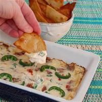 Jalapeno Popper Dip with Bacon | This is a quick-and-easy, crowd-pleasing dip made with cheese, bacon, corn, and jalapeno peppers