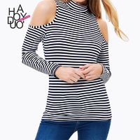 End of 2017 winter women new style fashion sexy strapless sweater high neck black and white striped t shirt - Bonny YZOZO Boutique Store