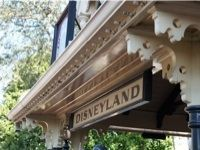 10 awesome attractions you'll find at Disneyland but NOT Walt Disney World