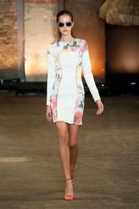 View photos of the Christian Siriano Spring 2014 Ready-to-Wear Collection