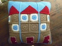 Granny Flats Cushion, what a great and Original idea!!
