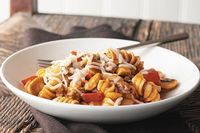 All In One Pot Saucy Pasta Recipe - Kraft Recipes super easy and delicious... used penne, added 4 cups in water to accommodate for full package, and added some seasoning (garlic salt, oregano/basil, red pepper flakes)