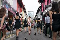 Shooting Singapore Street Composites is a collection of images in which photographer Danny Santos documented average scenes of strangers going about their daily