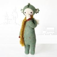 Find out what you need to crochet this cute little dragon. He's so adorable!