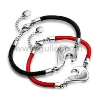 Gullei.com Custom Engraved 2 Hearts Couples Bracelets Set for Cheap