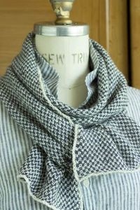 Churchmouse Yarns & Teas - Two-Tone Twill Scarf with 2 colours