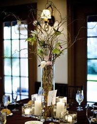 centerpieces with curly willow | The tall centerpieces were very simple curly willow branches with ...