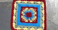 Ravelry: Starburst pattern by Funny dieBarbarin yet another one by this designer which works from the outside in