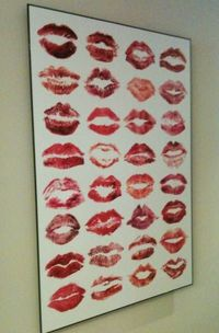 this would be a fabulous keepsake from a bachelorette party... have all the girls leave their mark