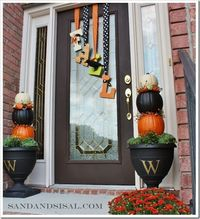 autumn door decorations | Countdown to Fall Party- Front Porch & Door Decor