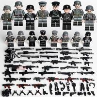 German Soldiers WW2 SS Das Reich 8-Pack with Weapons $22.90
