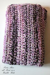 Seven Alive: Speedy Chunky Afghan...3 different balls of yarn... looks so great... <3