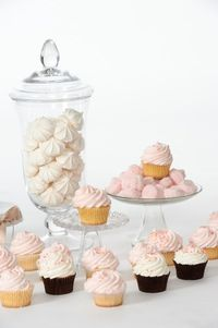 I am always on the search for a good frosting recipe. I've tried Vanilla Frosting recipes from Sprinkle's Cupcakes, Billy's Bakery and Magnolia's Bakery, and wh