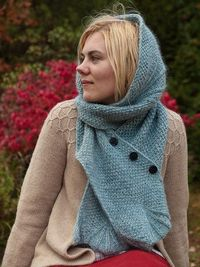 knit scarf w/ buttons #knit scarf