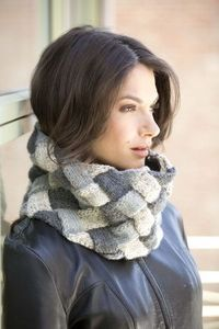 Knitting Patterns Galore - Entrelac Cowl